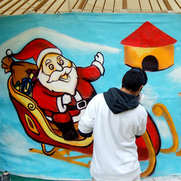 graffiti-santa-claus-home